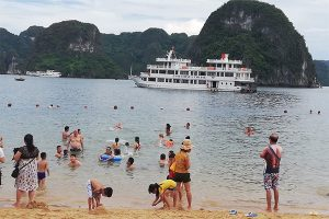 Ha Long Tuan Chau 3