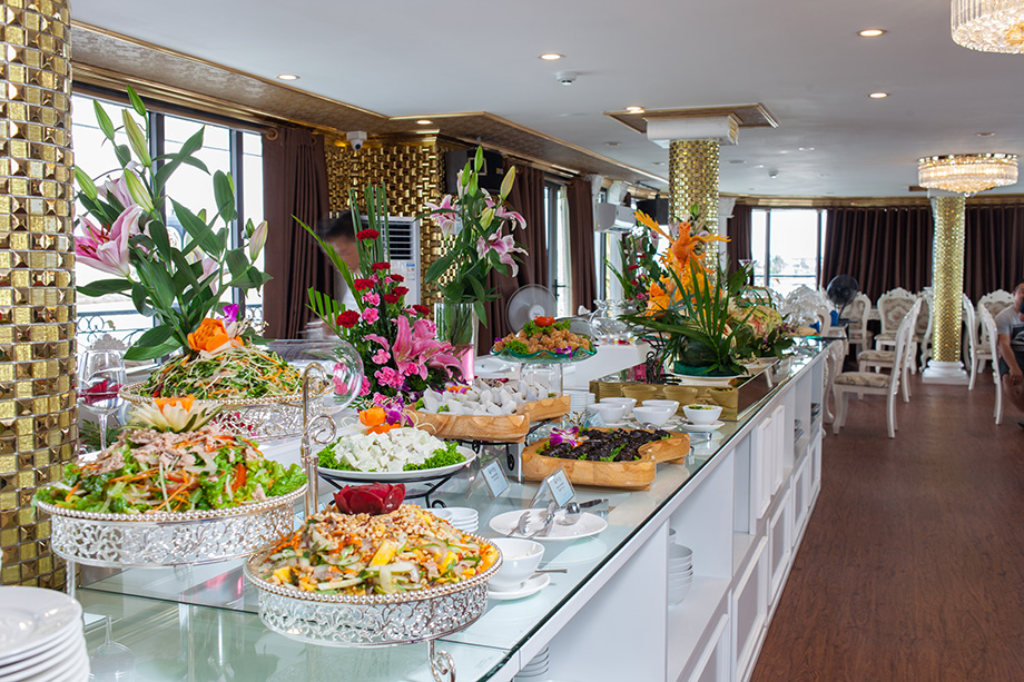 buffet-lunch-ancora-cruises-3